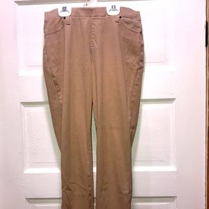 Time and Tru Stretch Pants SIZE M (8-10)